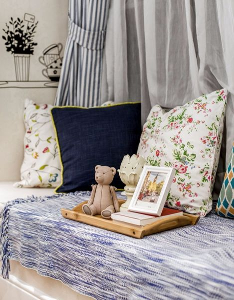卧室飘窗地中海风格效果图