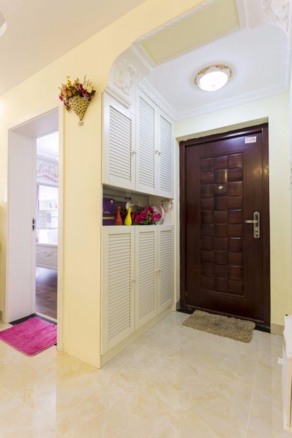 玄关白色门厅欧式风格效果图