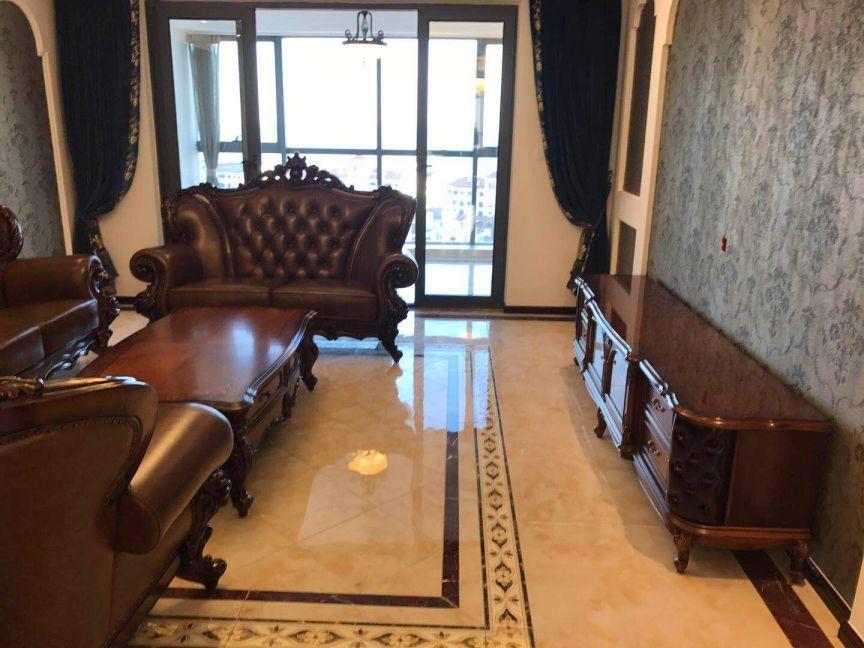 美式风格191平米三室两厅新房装修效果图