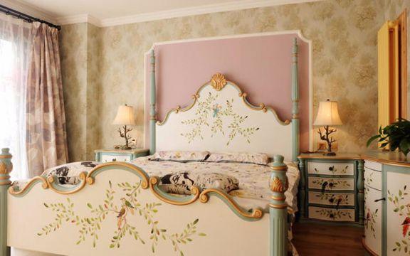 卧室彩色窗帘美式风格装饰设计图片