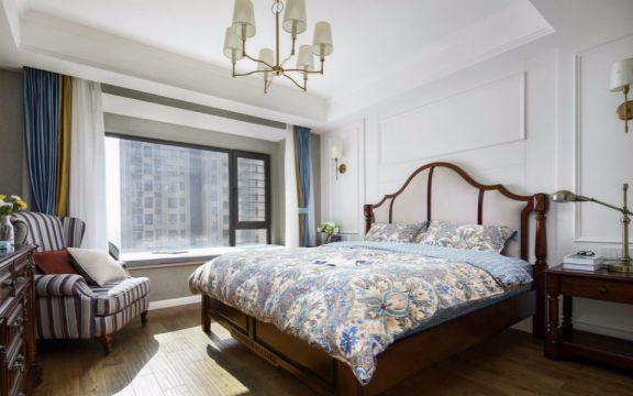 北欧卧室床装饰实景图片
