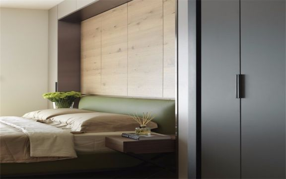 淡雅绿色床装修美图
