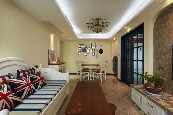客厅白色沙发地中海风格装潢效果图