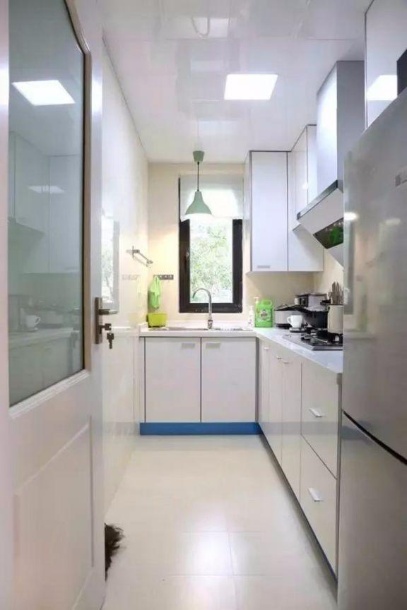 厨房橱柜日式风格装饰设计图片