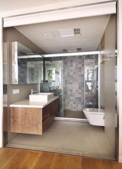 卫生间咖啡色洗漱台北欧风格装潢图片
