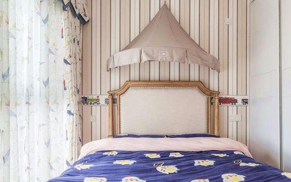 卧室白色窗帘美式风格效果图