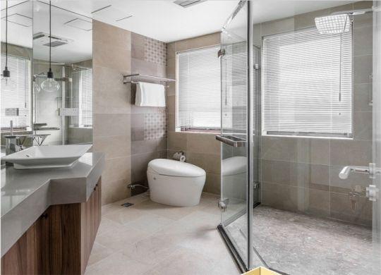 卫生间隐形门北欧风格装潢设计图片