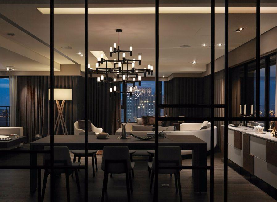 餐厅黑色餐桌现代简约风格装饰效果图