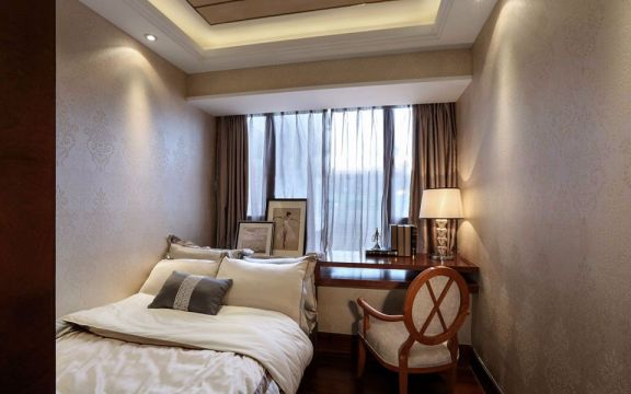 卧室窗台简欧风格装饰效果图