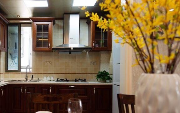 厨房咖啡色橱柜美式风格装饰设计图片