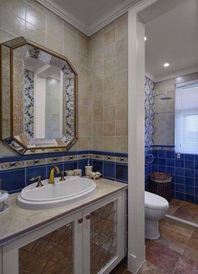 卫生间白色洗漱台地中海风格装潢设计图片