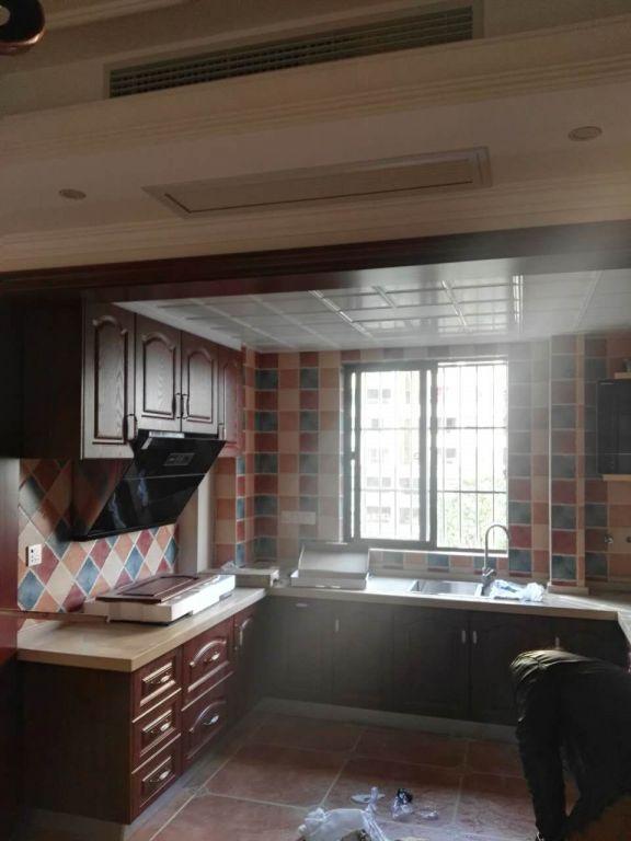简约风格92平米三室两厅新房装修效果图