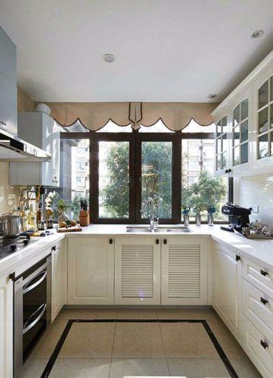 厨房橱柜欧式风格装饰设计图片