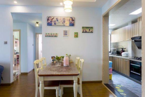 厨房餐桌地中海风格装修设计图片