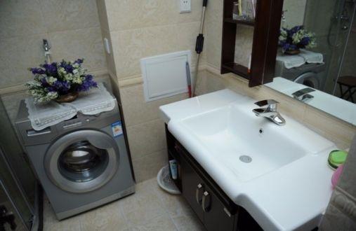 卫生间洗漱台欧式风格装饰图片