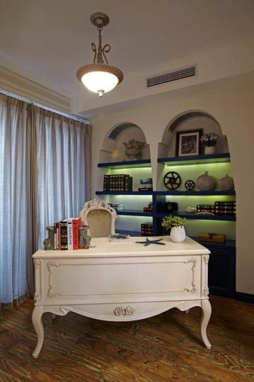 书房书桌地中海风格装饰图片