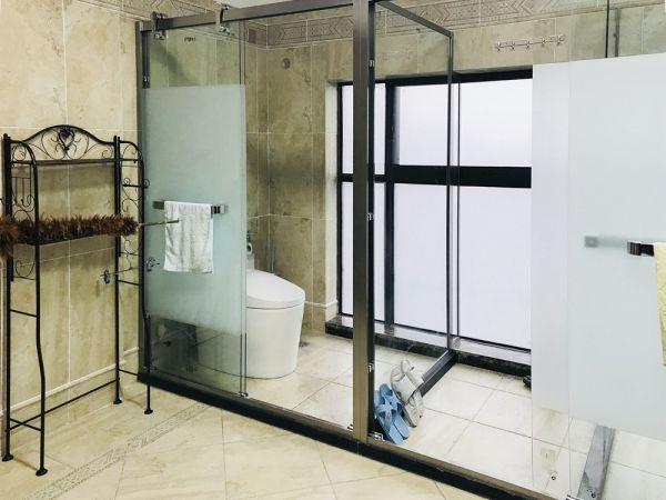 卫生间推拉门新中式风格装潢设计图片