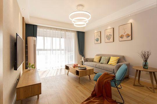 奢华黄色客厅室内装修设计