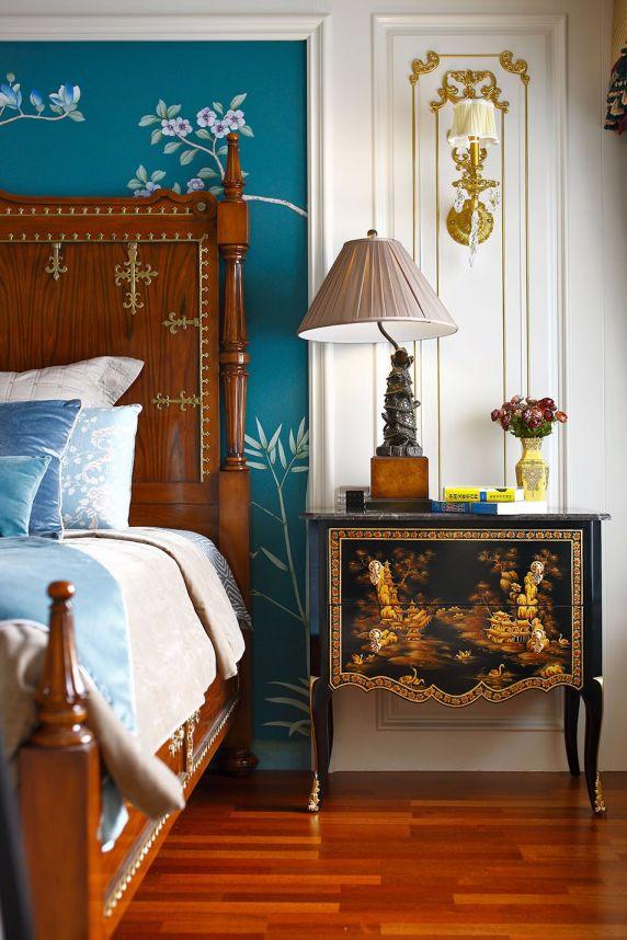卧室床头柜新古典风格装潢设计图片