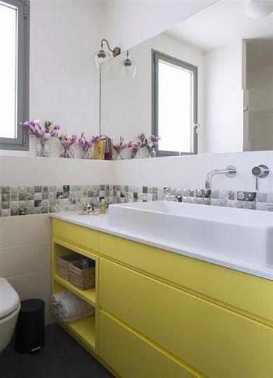 卫生间洗漱台简约风格效果图