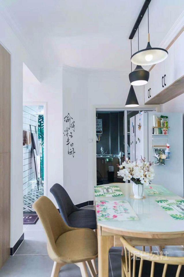 餐厅餐桌简约风格装饰效果图