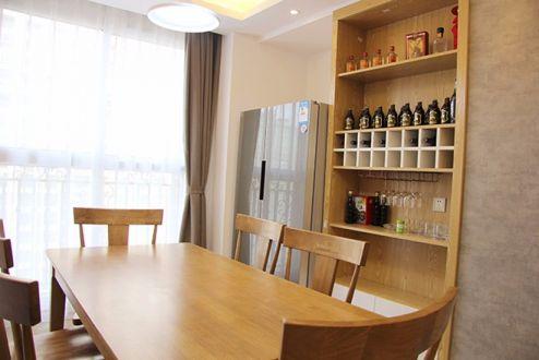 餐厅餐桌北欧风格装潢图片