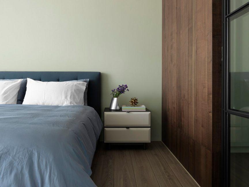 卧室灰色细节洛可可风格装饰图片