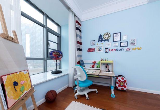 卧室飘窗现代风格装饰设计图片