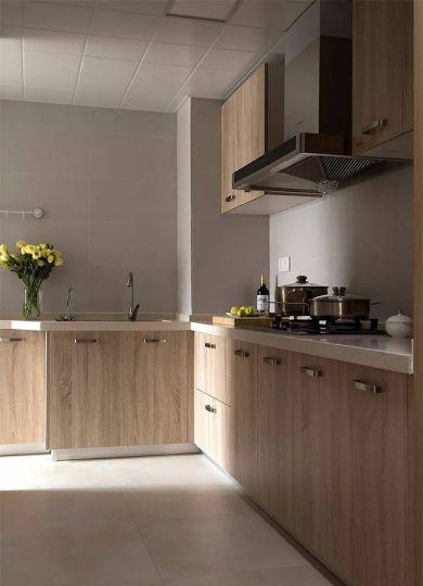 厨房米色橱柜简单风格装修图片