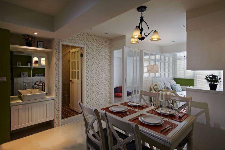 餐厅彩色餐桌简约风格装饰效果图