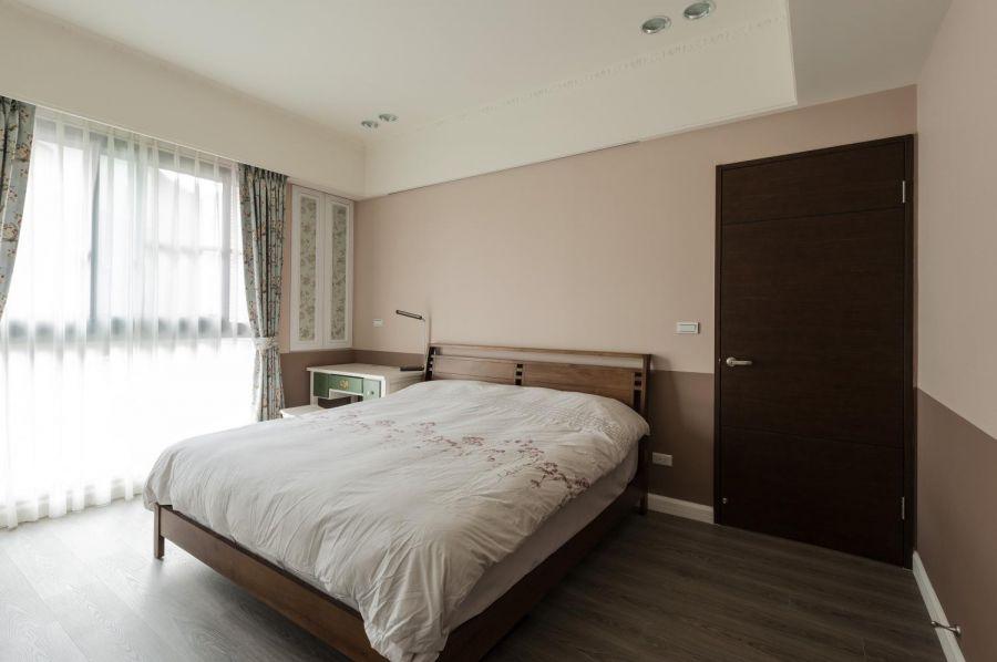 卧室床乡村风格装修设计图片