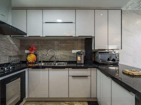 厨房白色橱柜欧式风格装修效果图