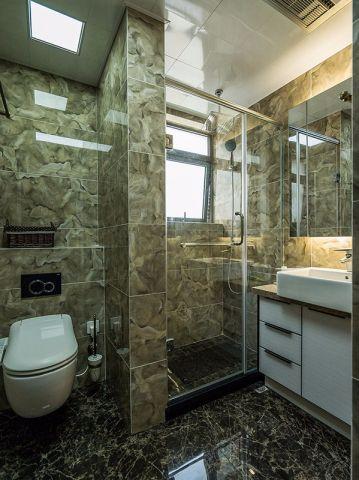 卫生间白色洗漱台欧式风格装修图片