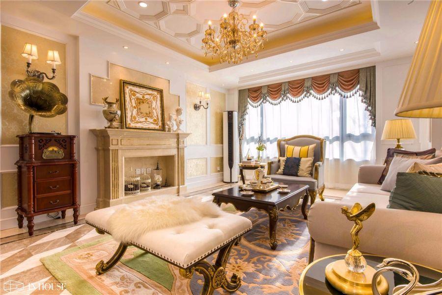 卧室米色沙发欧式风格装饰效果图