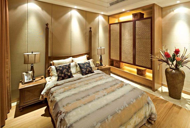 卧室咖啡色床头柜东南亚风格装修设计图片
