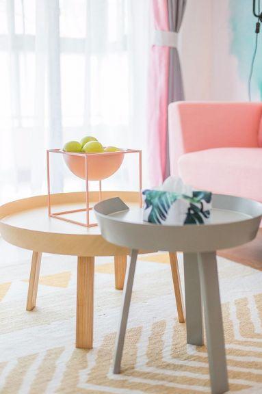 客厅茶几简单风格装潢设计图片