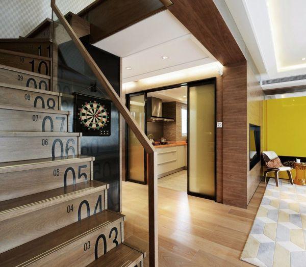 客厅咖啡色楼梯现代风格装潢效果图