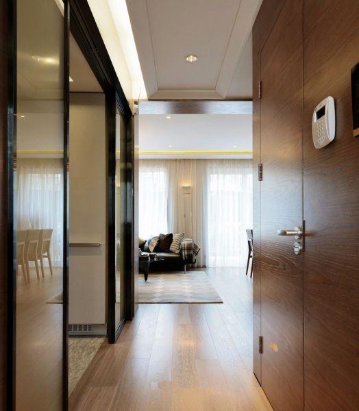 玄关咖啡色地板砖现代风格装饰图片
