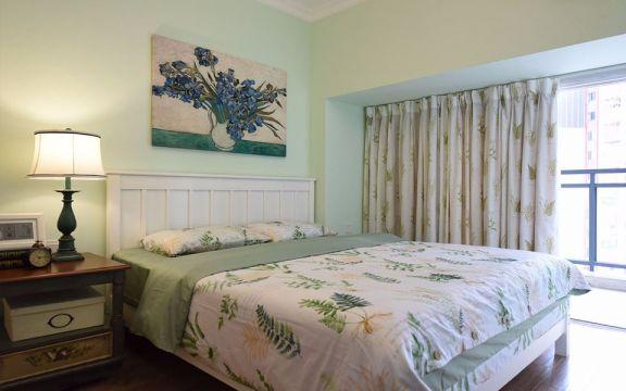 卧室白色床美式风格装潢效果图