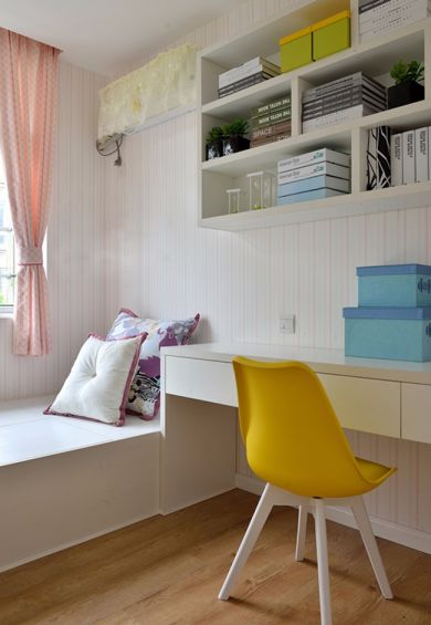 儿童房白色榻榻米家装设计图
