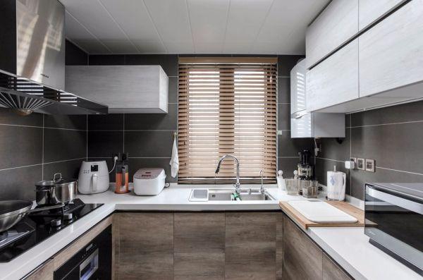 雅苑 120平米三室两厅现代简约风格