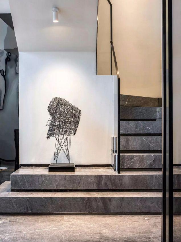 客厅楼梯现代装饰设计