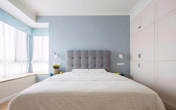 清新卧室窗帘装饰实景图