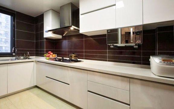 混搭风格110平米两室两厅新房装修效果图