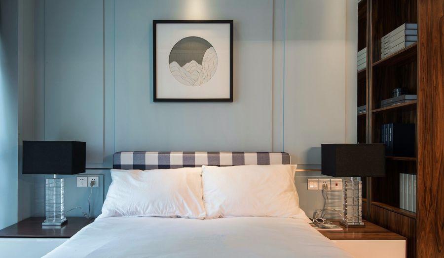 淡雅蓝色卧室装潢设计图片