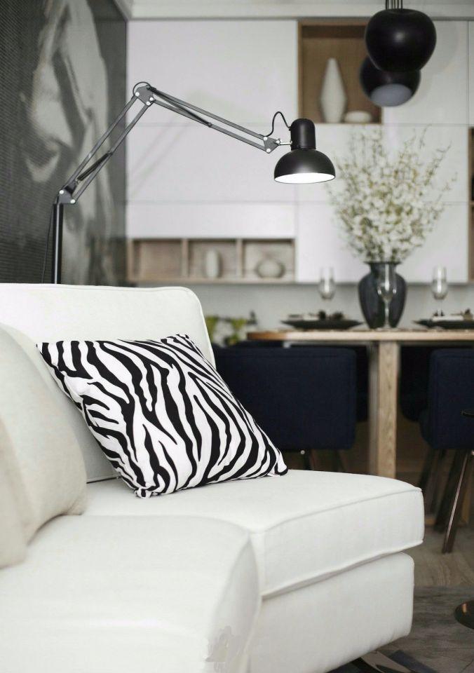 客厅白色沙发现代简约风格装潢设计图片