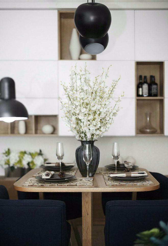 设计精巧现代简约咖啡色餐桌室内装饰