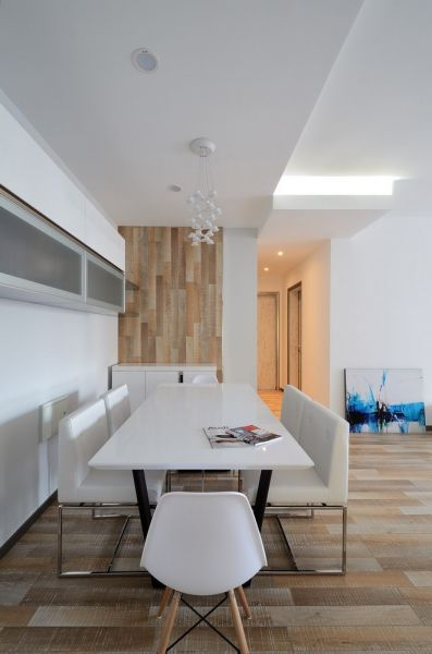 餐厅白色餐桌北欧风格装潢效果图