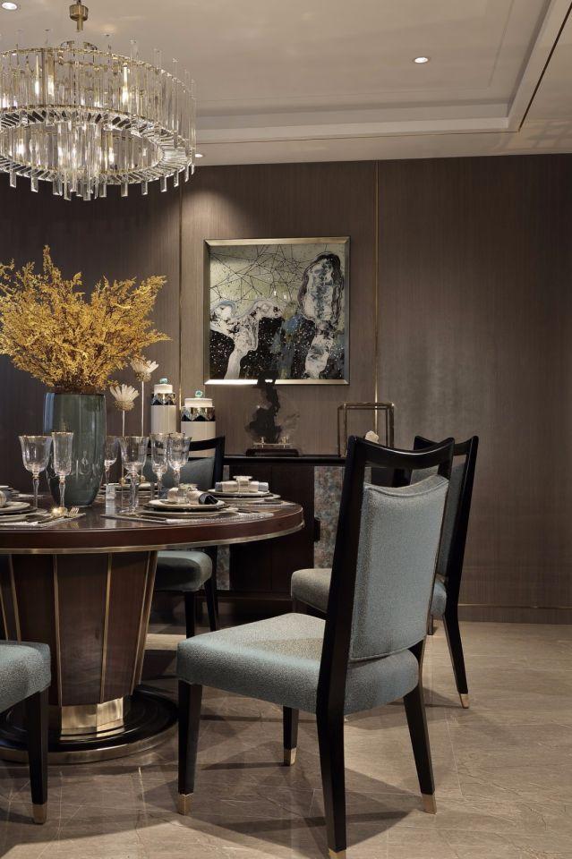 低调优雅餐厅灯具装修设计图片