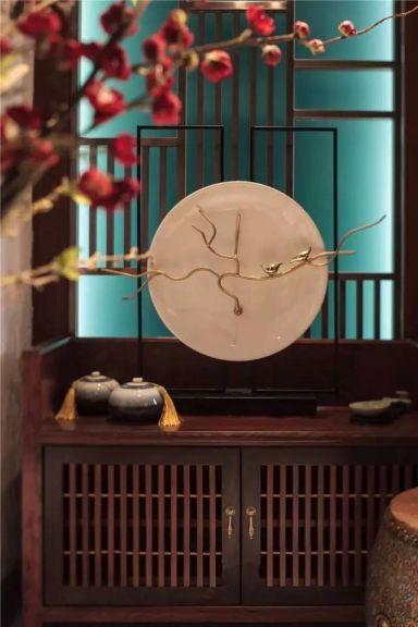 玄关咖啡色背景墙混搭风格装饰设计图片
